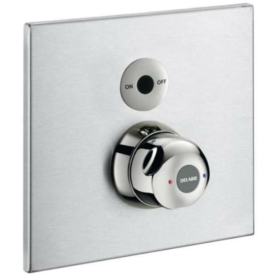 DELABIE SECURITHERM vandálbiztos, infra vezérlésű, termosztatikus keverőszelepes zuhanycsaptelep